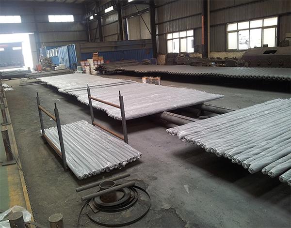 出口网架加工厂家杆件塑料包装