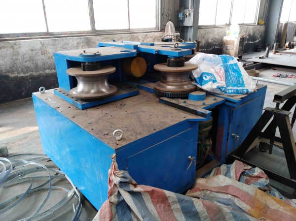 管桁架小型弯管设备-网架厂家